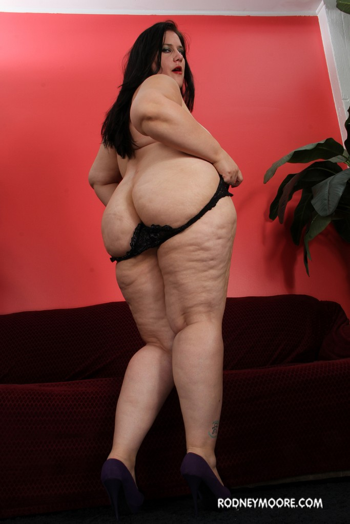 Bbw becky butterfly loves riding fat dicks