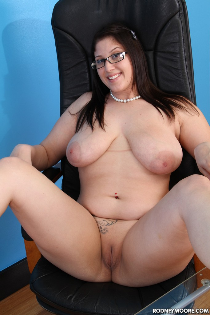 Beautiful bbw becki butterfly is fucked and eats cum 3