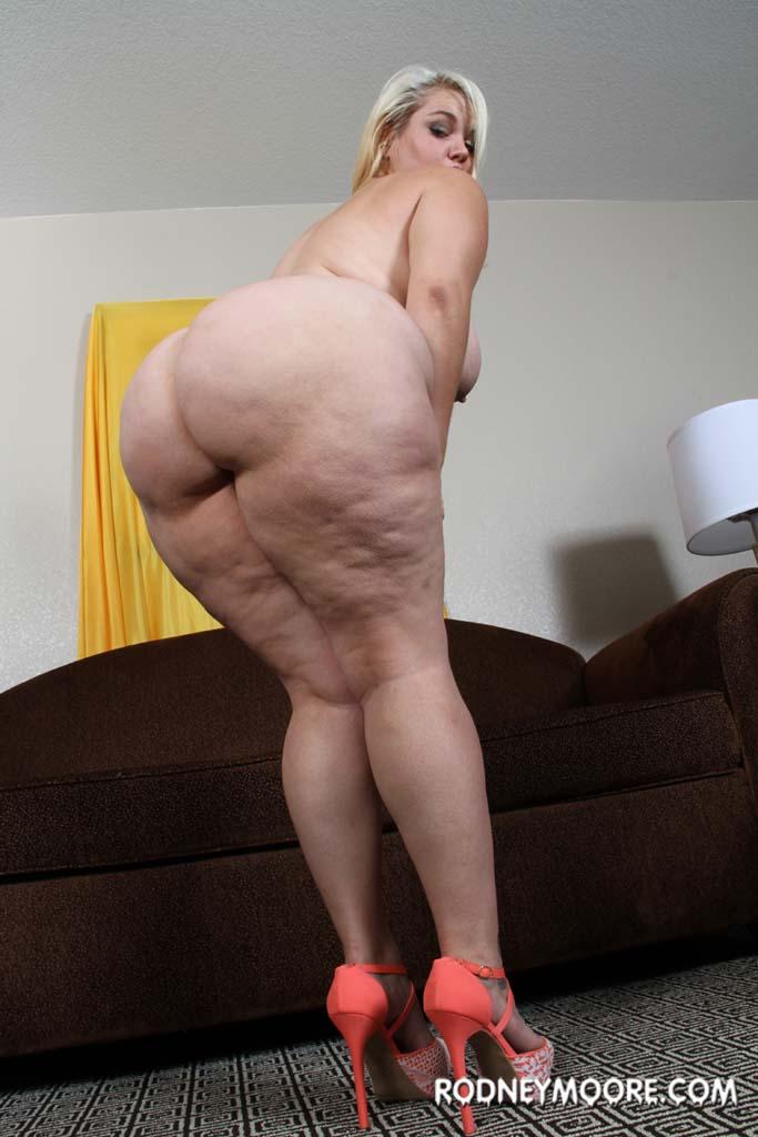 Liza Koshy Nude Photos amp Blowjob Porn  Scandal Planet
